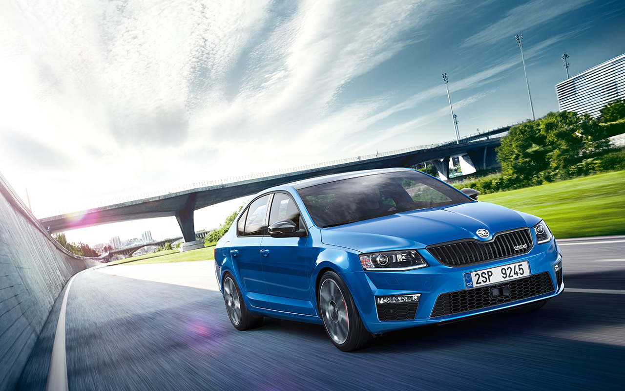 skoda octavia rs 2016 now hits the road review. Black Bedroom Furniture Sets. Home Design Ideas