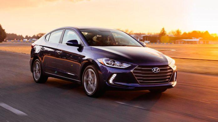 Hyundai Elantra 2017 Review